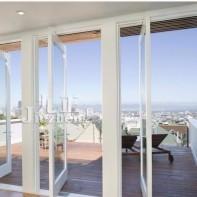 阳台与客厅之间到底该不该装门?